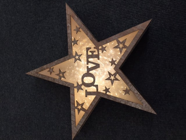 Dar 006X04006 LED Wooden Star with Love Design
