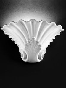 WB962 Ornate ceramic uplighter paintable, White